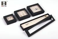 DEQIPE薄膜悬浮盒包装首饰架手串镯亚克力透明展示架塑料收纳